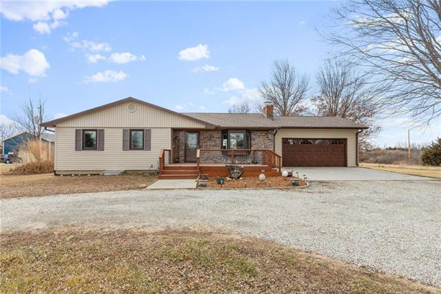 829 NE 62nd Street Property Photo - Topeka, KS real estate listing