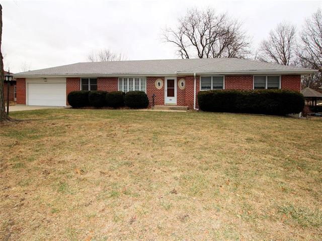 1706 NE 77th Street Property Photo - Gladstone, MO real estate listing
