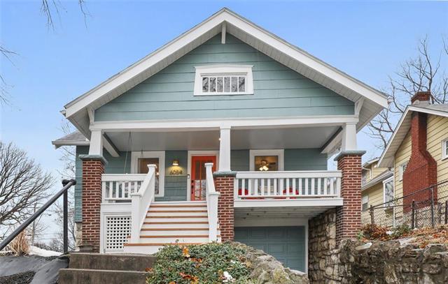 6054 Gladstone Boulevard Property Photo - Kansas City, MO real estate listing