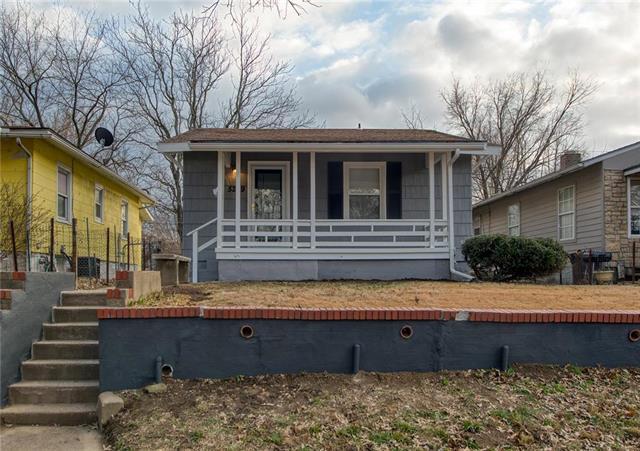 5209 Gladstone Boulevard Property Photo - Kansas City, MO real estate listing