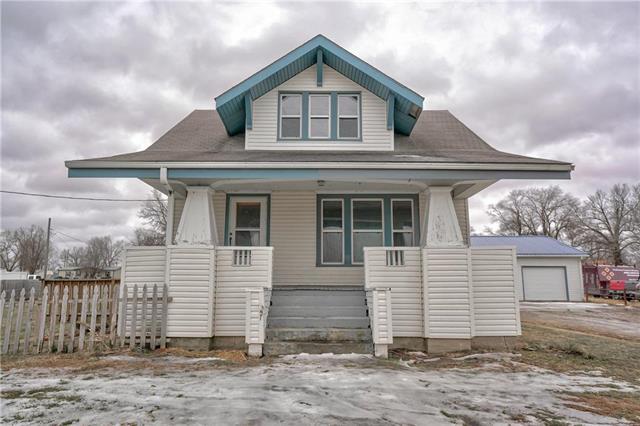310 W Elm Street Property Photo - Polo, MO real estate listing