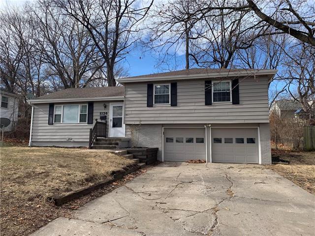 5136 N Sycamore Avenue Property Photo - Kansas City, MO real estate listing