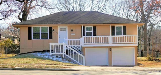 11403 W 55th Street Property Photo - Shawnee, KS real estate listing
