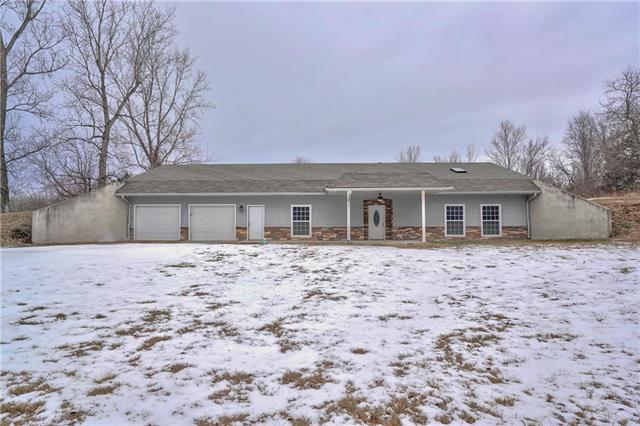 12906 Lock Lane Property Photo - Excelsior Springs, MO real estate listing