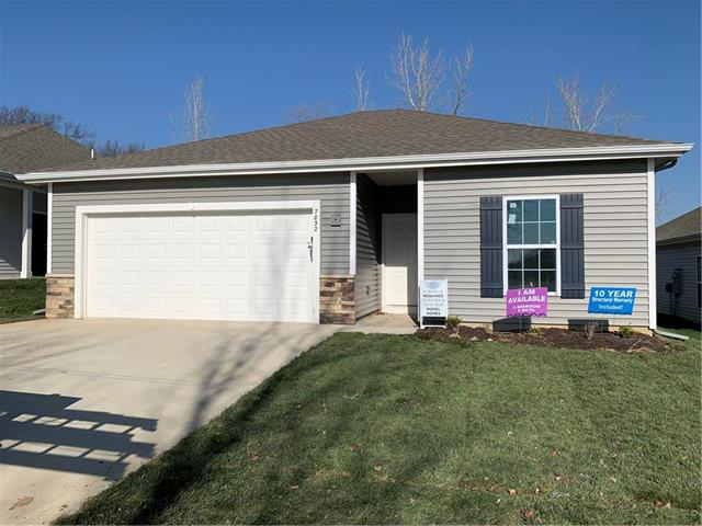 7740 NW 124th Street Property Photo - Kansas City, MO real estate listing