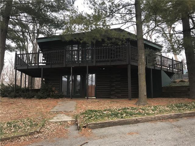 925 E Cliff Street Property Photo - St Joseph, MO real estate listing