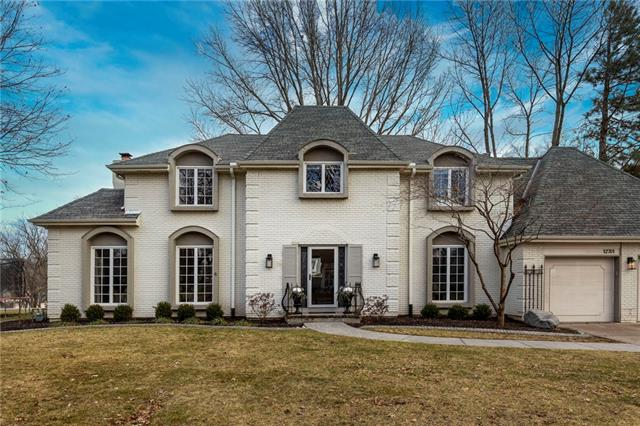 12701 Pawnee Lane Property Photo - Leawood, KS real estate listing