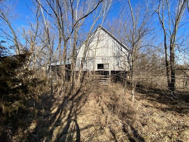 Fredericksburg Road Property Photo - Excelsior Springs, MO real estate listing