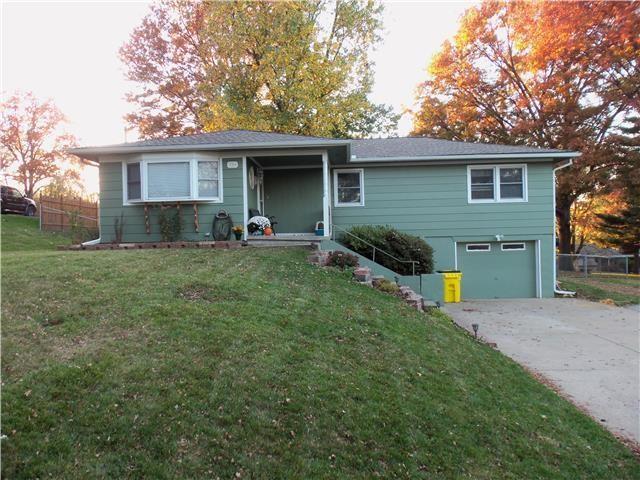 724 S Hudson Street Property Photo - Buckner, MO real estate listing