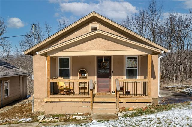 600 Centralia Avenue Property Photo - Excelsior Springs, MO real estate listing