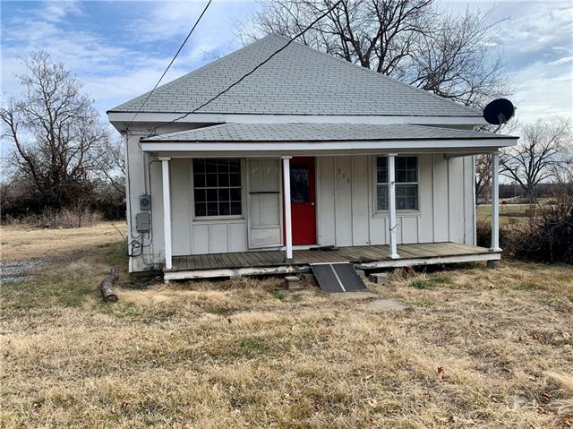 311 S Pine Street Property Photo - Arma, KS real estate listing