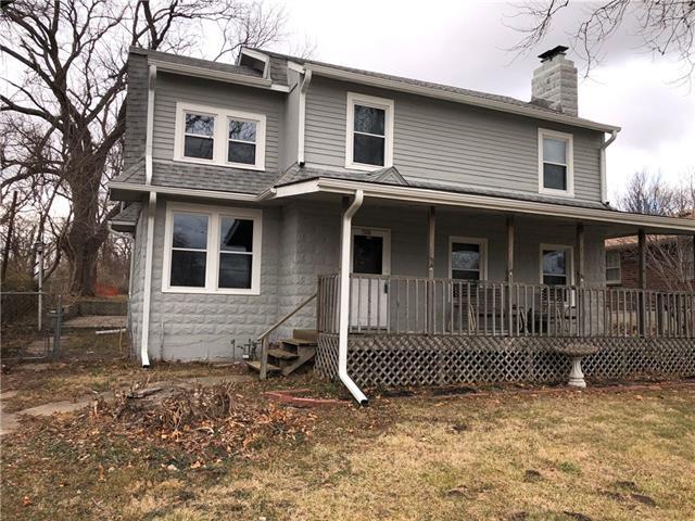 1508 N River Blvd Boulevard Property Photo