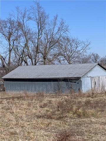 1051st Road NW Property Photo - Centerview, MO real estate listing