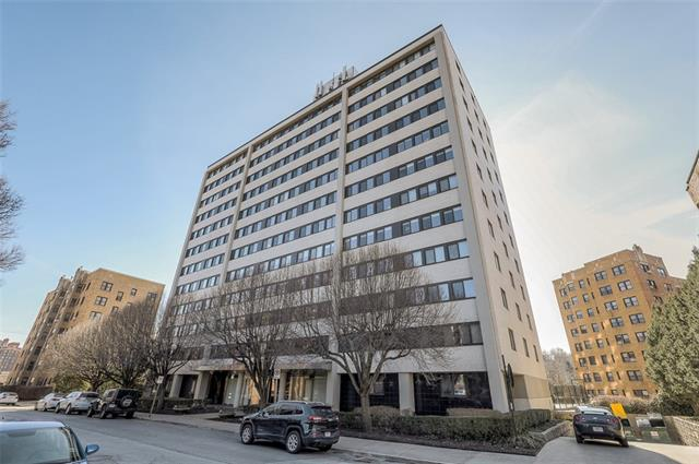803 W 48th Street #304 Property Photo - Kansas City, MO real estate listing