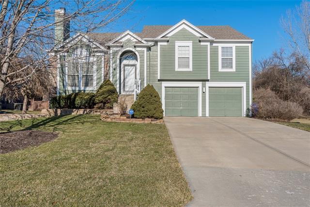 15140 W 157th Terrace Property Photo - Olathe, KS real estate listing
