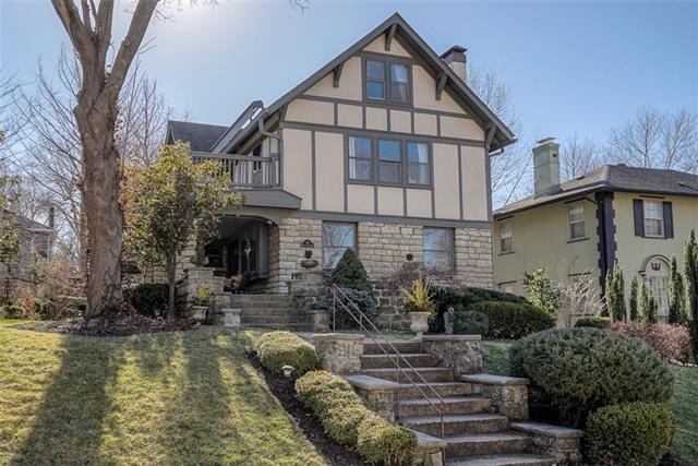 41 W 52 Street Property Photo