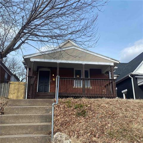3528 Saint John Avenue Property Photo - Kansas City, MO real estate listing