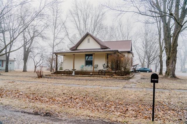 117 Ohio Street Property Photo - Adrian, MO real estate listing