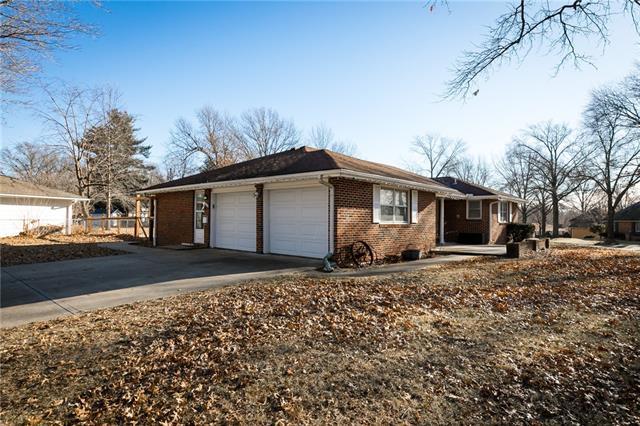 219 Virginia Road Property Photo 5