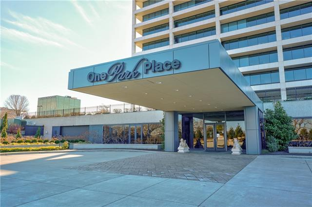 700 W 31st Street #701 Property Photo - Kansas City, MO real estate listing