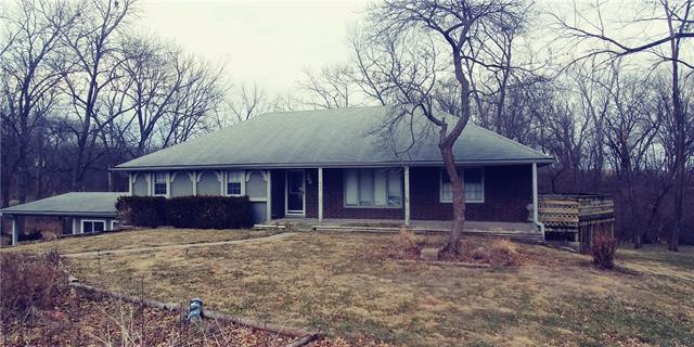 417 Frederick Place Property Photo - Gower, MO real estate listing