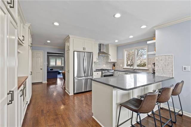 10001 Cedar Street Property Photo - Overland Park, KS real estate listing