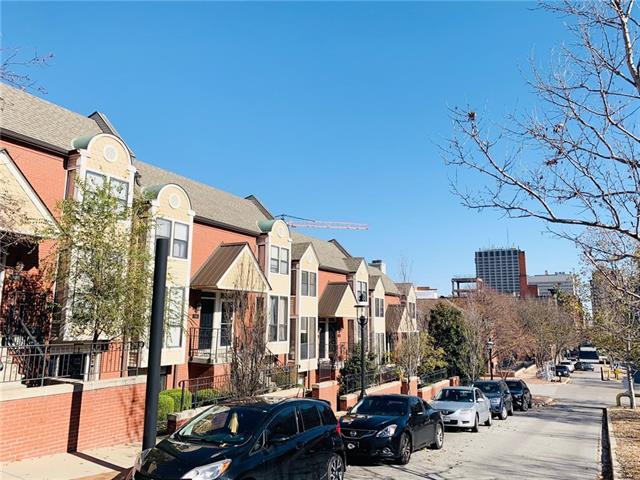 512 W 10th Street Property Photo - Kansas City, MO real estate listing
