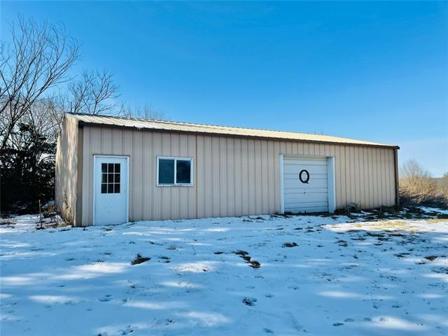 S 8th Street Property Photo - Spickard, MO real estate listing