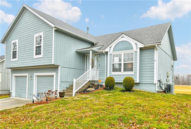 14309 LaQuinta Drive Property Photo - Grandview, MO real estate listing