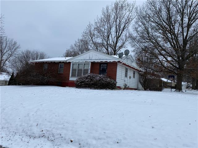 506 Roderick Lane Property Photo - Lexington, MO real estate listing