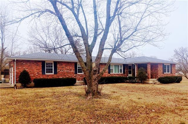 401 S Belisle Street S Property Photo - El Dorado Springs, MO real estate listing