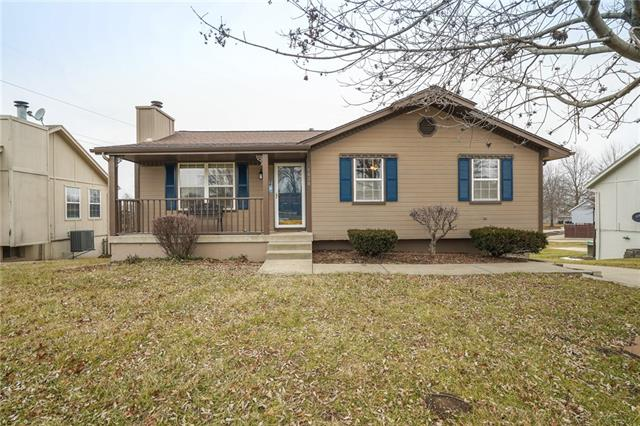 1020 SE Sunnyside School Road Property Photo - Blue Springs, MO real estate listing
