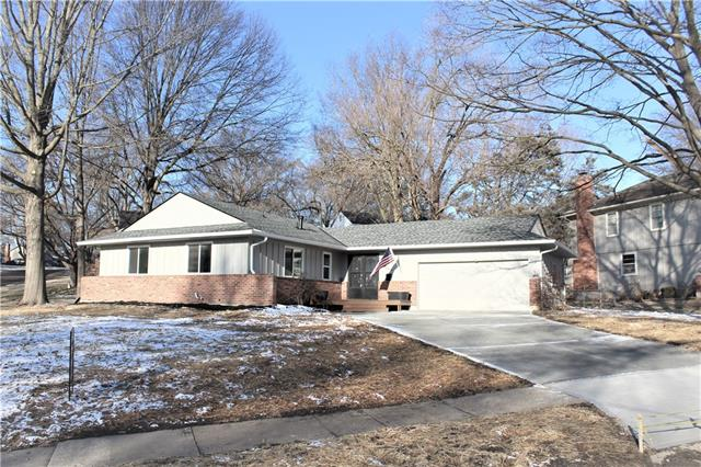 9332 Outlook Drive Property Photo