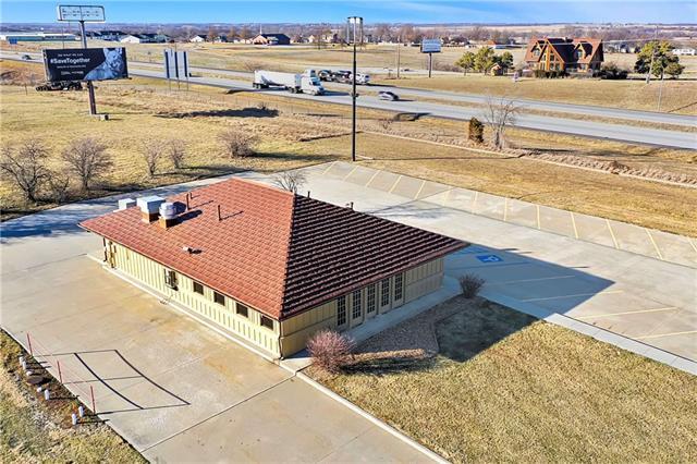 210 N West Street Property Photo