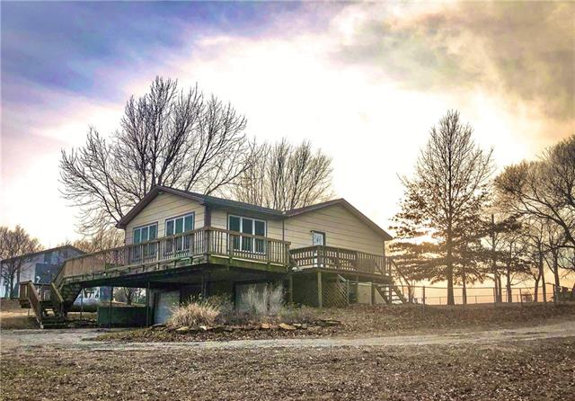 1609 Emmer Road Property Photo - Hartford, KS real estate listing