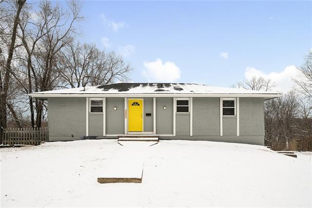 5404 E 97TH Street Property Photo - Kansas City, MO real estate listing