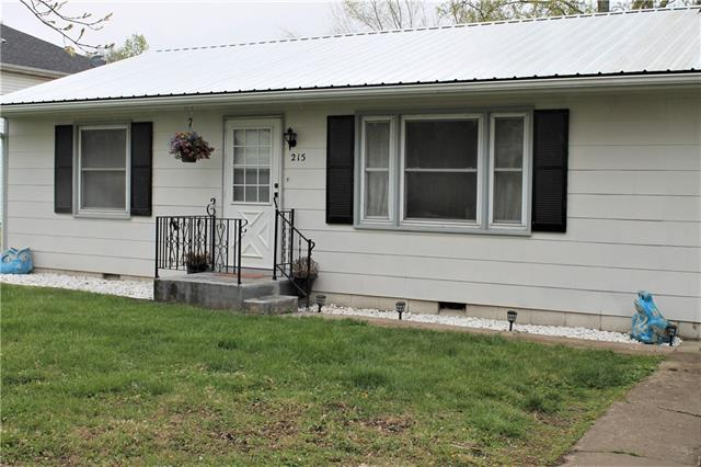 215 N Virginia Street Property Photo
