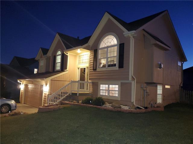 10601 NE 101st Street Property Photo - Kansas City, MO real estate listing