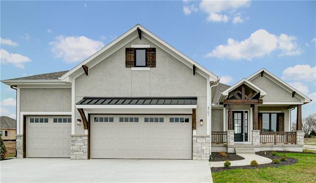 4701 Ne Freehold Drive Property Photo