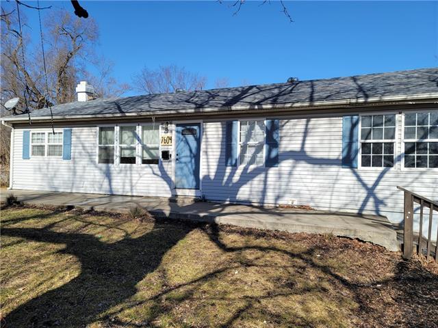 7604 E 103rd Terrace Property Photo