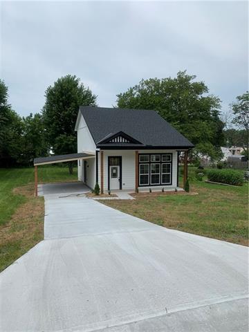 205 Lexington Road Property Photo