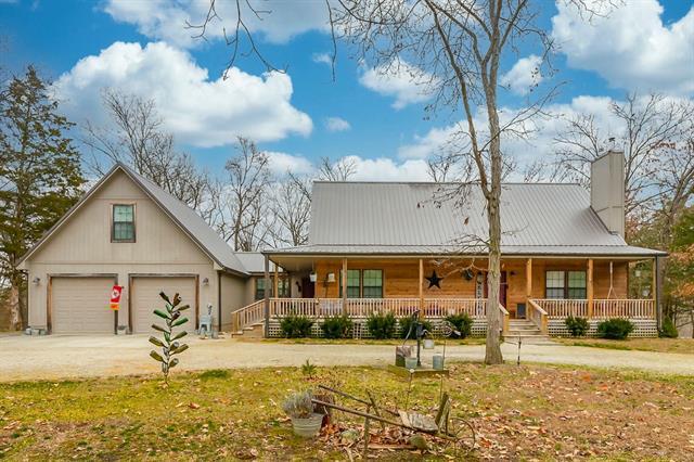 3007 NE V Highway Property Photo - Calhoun, MO real estate listing