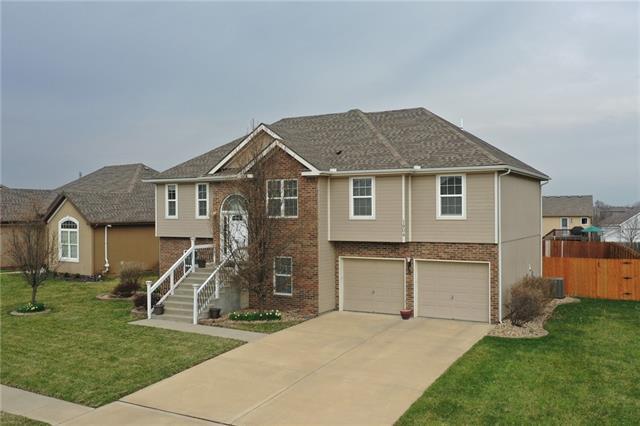 1804 NW 92ND Terrace Property Photo - Kansas City, MO real estate listing