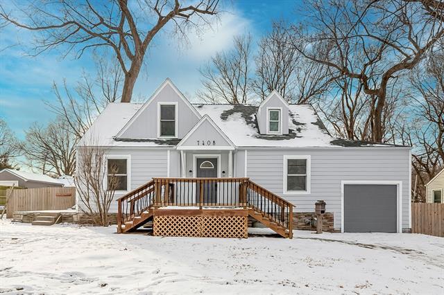 7408 Springfield Street Property Photo - Prairie Village, KS real estate listing