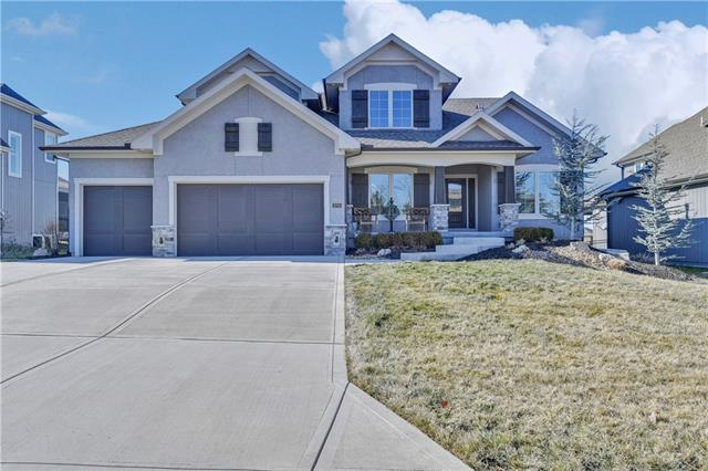 9708 Shady Bend Circle Property Photo - Lenexa, KS real estate listing