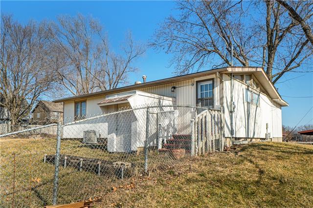 W 6560 151st Place Property Photo 22