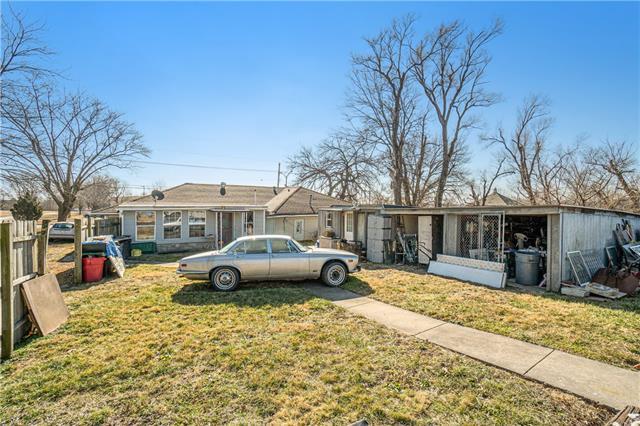 W 6560 151st Place Property Photo 24