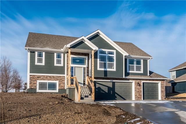1803 N 162nd Terrace Property Photo - Basehor, KS real estate listing