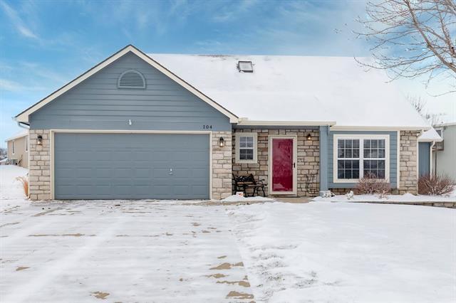 104 Oak Place Property Photo - Eudora, KS real estate listing