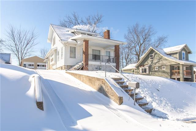 1029 Haskell Avenue Property Photo